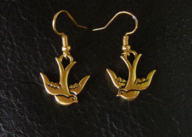 Golden Mockingjay Earrings - Hunger Games