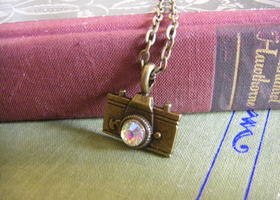 'Papparazzi' Camera Necklace with Sparkle
