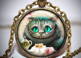 Cheshire Cat Pendant with 22inch Necklace