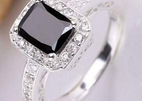 Black onyx and crystal ring