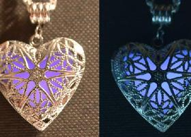 The  Violet Heart Glow in the Dark Necklace