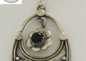 Genuine Black Onyx .925 Sterling Silver Pendant  Chain
