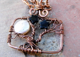 Handmade Copper Tree of Life necklace with pearl and black onyx