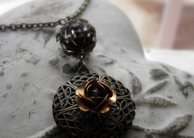 Perfume Oil Locket Tiered Auction