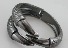 Dragon's Claw Bracelet, Black