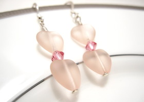 Valentines Day : Pink Heart sea glass earring with fuschia swarovski crystals