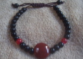 Agate and Red and Black Bead Bracelet