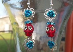 Day Of The Dead Mini Skull Earrings - Red and Turquoise