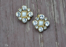 Vintage Inspired Gem/Rhinestone Earrings- Dress up any outfit!