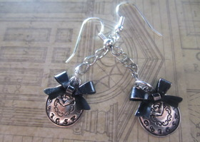 Alice in Wonderland Inspired Clock Bow Earrings
