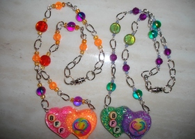 BFF Dolphin Handmade Resin Pendant Chain Necklace Set *Free Suprise Gift Included*