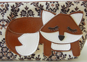 Grayson the Fox Cream Damask Vintage Inspired Cotton Canvas Floral Case with Vinyl Applique
