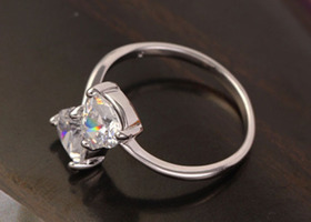 Lovely 9K White Gold Filled CZ bowknot ring