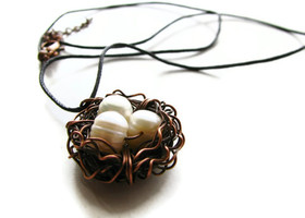 Sweet Birdie's Nest Necklace with Copper Wire and Pearls