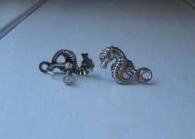 Antique Beau Beaucraft Sterling Silver Sea Horse Earrings Screw posts