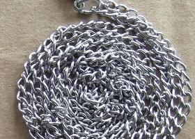 "$1 each!  Incredible 32"" chains.  BONUSES!!"