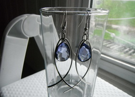 silver earrings with amythest