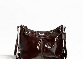 Coach ASHLEY PATENT SWINGPACK NWT w/ Matching wristlet