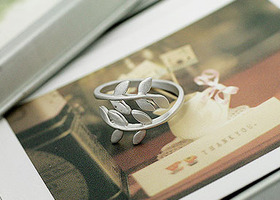 Simple Leaf Ring Size 6