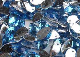 25+ Blue Faceted Teardrop Sew On Flatback Buttons