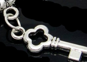 Key to My Heart Tibetan Silver Key Charms/Beads (8)