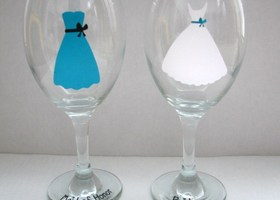 Bride/Bridesmaids Wine Glasses