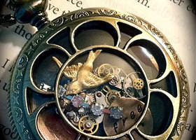 "Only $10 start for gorgeous 'be free' steampunk-inspired pocket watch style locket on 25"" chain"
