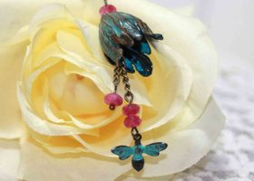 Vintage Style Tulip Patina Necklace