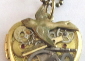 free shipping Steampunk Watch Parts Brass locket