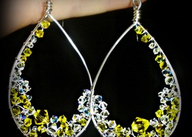 Bold & Brilliant Swaovski Crystal Teardrop Earrings (Your choice of colors!)