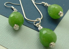 3pc Set of Green Jade : Earrings on sterling earwires+ pendant necklace on Sterling snake chain