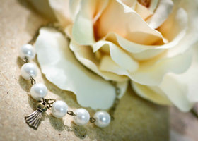 Vintage Bracelet - Pearl and Antique Dress
