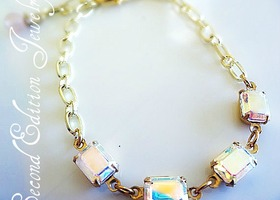 Vintage Iridescent Glass Rhinestone Bracelet in Gold Spring Fashion