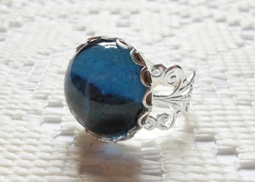 Vintage Montana Blue Swarovski Smooth Domed Cabochon Ring