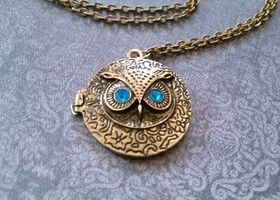 Vintage Style Bronze Owl Locket Necklace