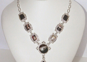 .925 silver necklace with genuine 107.39 carat gemstones
