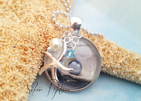 """Inspired By the Sea"" Starfish Pendant & Charms Necklac"