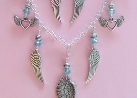 Angel Wings Earring & Necklace Set