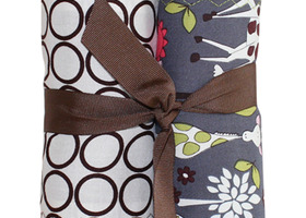 BURP CLOTH SET IN GARDEN GIRAFFE