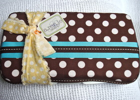 "Diaper Wipe Case ""A Lovely Bunch of Polka Dots"""