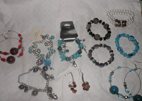 LOT NEW JEWERLY
