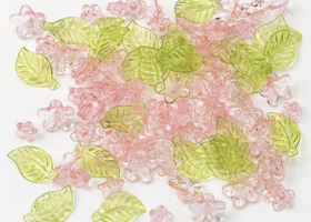 576 Lucite flowers and leaves assorted in PINK