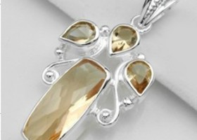 43ct Morganite Gemstone Pendant in 925 stamped Silver with Necklace
