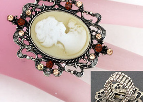 Burnished silver trimmed Cameo Ring