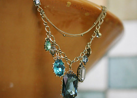 Beautiful Retro Baroque Style Multilayer Crystal Necklace