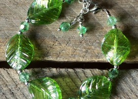 Lovely Green Glass Leaves & Crystal Bracelet
