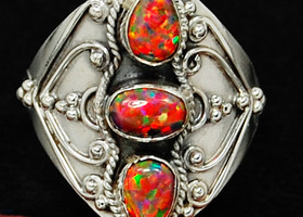 Sterling Fire Opal Ring S. 7 1/2