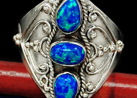 Sterling Fire Opal Ring S. 6 1/2