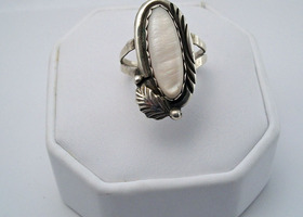 Navajo Sterling Silver and Mother of Pearl Ring - size 8