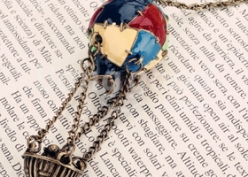 Vintage Style Colourful Mini Cute Hot Air Balloon Pendant